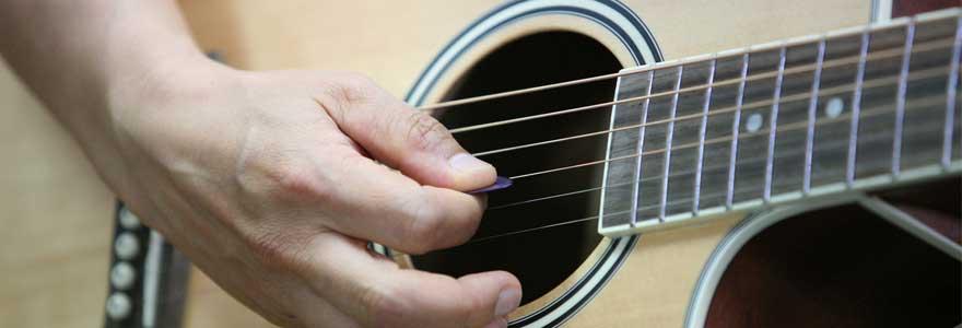 changer les cordes guitare classique